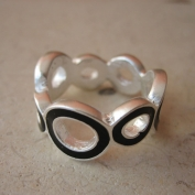 Stella Ring - Black - Size 7