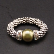 Swarovski Pearl Stylish Stretch Ring - Olive